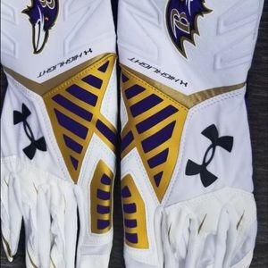 Original Baltimore Ravens team Gloves